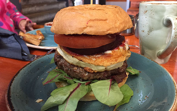 Estonian Burger Factory peediburger