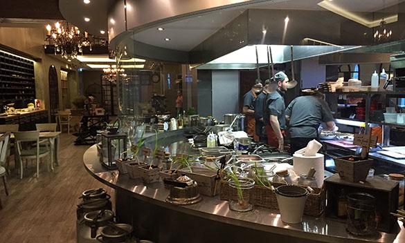 Restoran Farm kokk kokad peakokk köök