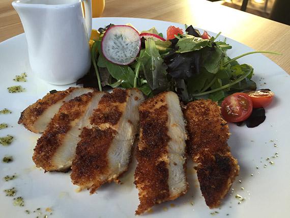 Restoran kohvik Peps Kentmannis aasia salat
