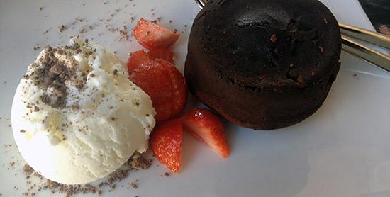 Kohvik sakala tatari nurgal magustoit dessert