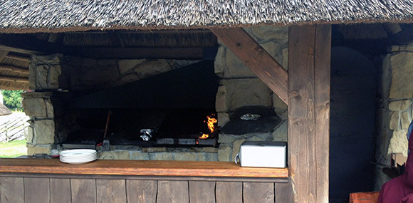 Lest ja Lammas Hiiumaa Kassari grill grillimajake