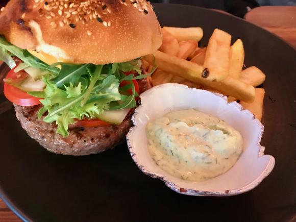 Burger pererestoranis 22